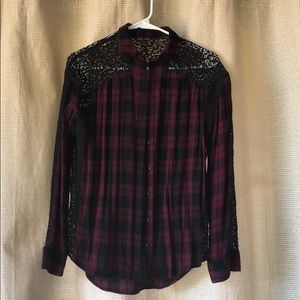 Express lace flannel size xs